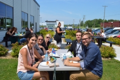 Diner_hot-dogs-benefice_Fondation_Jeunes-proches-aidants_02